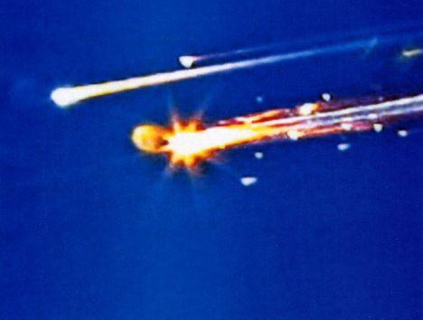 STS107-crash-04