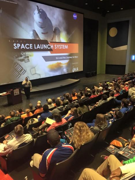 David Hitt peaking to Space Camp trainees before the QM-1 test firing.
